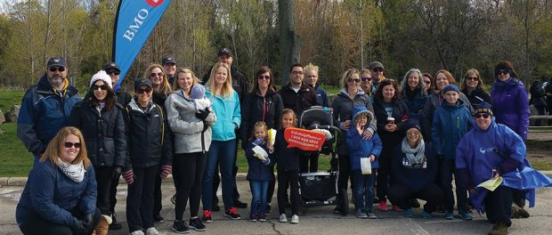 Photo of The Walk for Kids Help Phone participants.